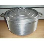 cocotte ronde de 28cm en fonte d'aluminium.